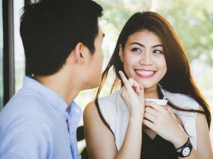 با عوامل جذابیت در زنان و مردان آشنا شوید | استانداردهای زیبایی