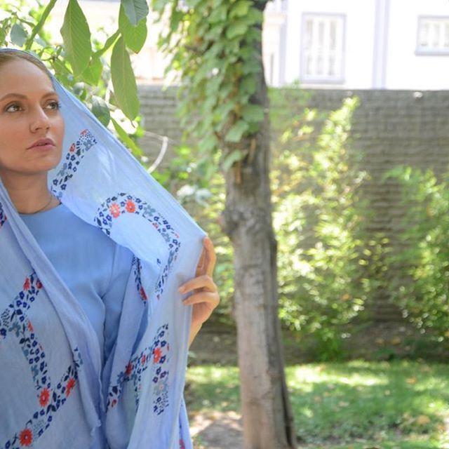 بیوگرافی مهناز افشار و رازهای جالبی درباره او  + عکس های مهناز افشار