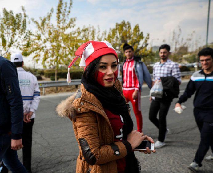 عکس دختران تماشاچی بازی پرسپولیس و کاشیما + حاشیه های بازی