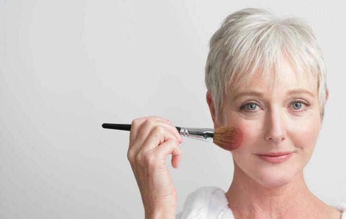 راهنمای مدل آرایش زمستانی 2021 | بایدها و نبایدهای آرایشی