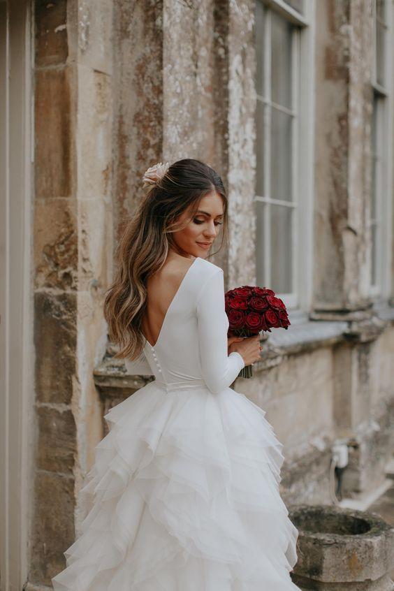 زیباترین مدل های لباس عروس در طرح های شیک + نکات انتخاب کردن لباس عروس