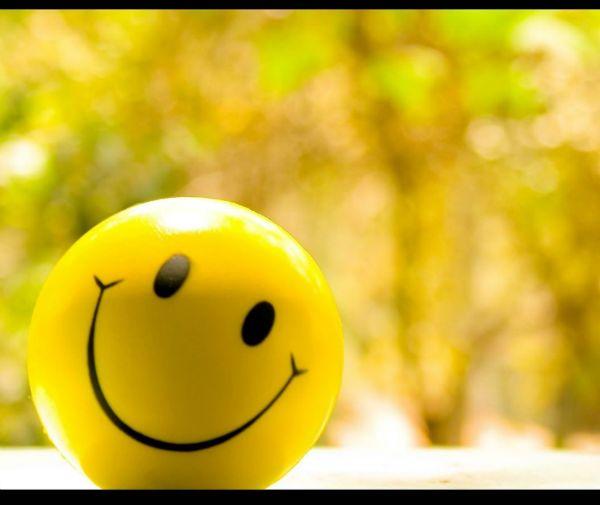 چگونه مثبت اندیش باشیم و با افکار منفی مبارزه کنیم؟
