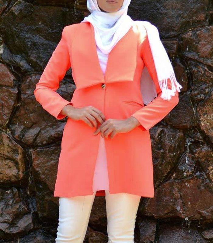 لباس و آرایش زنانه رنگ سال 2019 | از مانتو تا لاک و کتانی سال 98