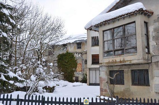 راهکارهای جلوگیری از ورود سرما به خانه | حفظ گرمای خانه در زمستان