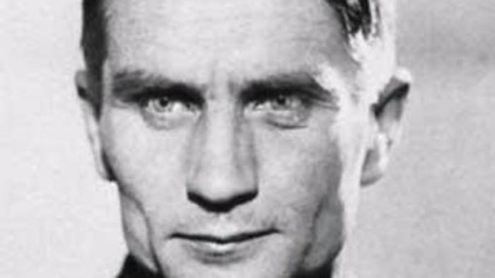 حقایقی درمورد جنگ جهانی دوم | از تاس کردن فاحشه ها تا فرار هیتلر