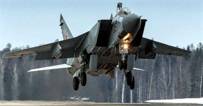 سریع ترین جت های جنگنده جهان | از فانتوم تا سوخوی