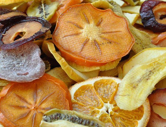 غذاهای خون ساز | معرفی خوراکی ها و مواد غذایی خون ساز