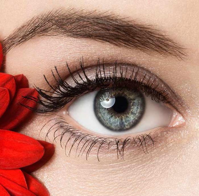 چگونه چشم های زیبا داشته باشیم | از محافظت کننده ها تا خوراکی ها