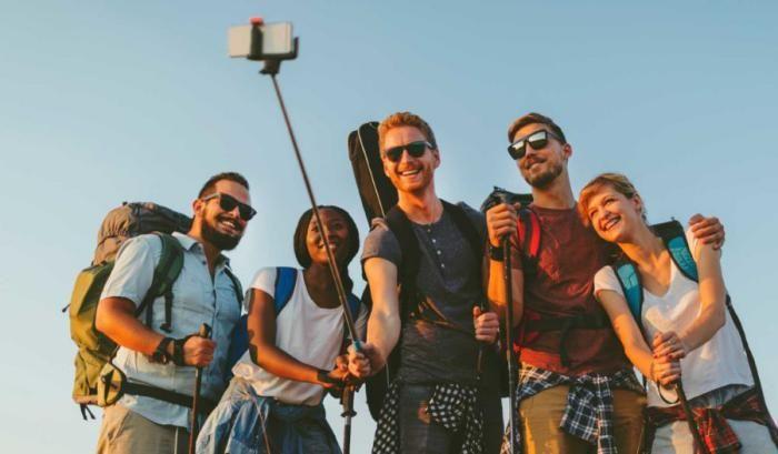 چگونه خوش عکس باشیم | ترفندهای خلاقانه عکاسی با موبایل