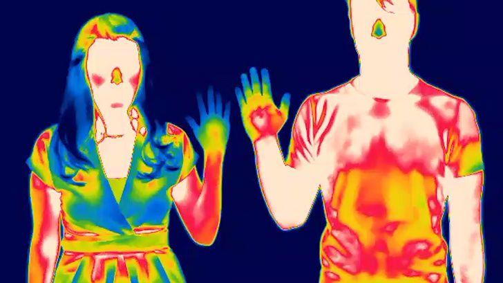 ویژگی های شگفت انگیز بدن زنان | از قدرت شنیداری تا کنترل جذابیت