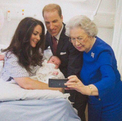 تصاویر جنجالی افراد مشهور | از عروسان ملکه انگلیس تا مایکل جکسون