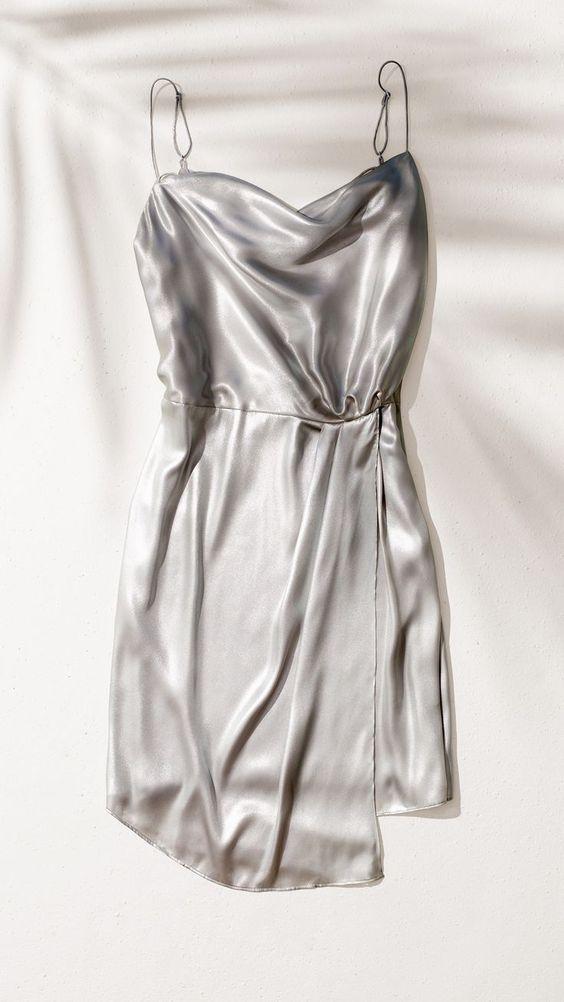 مدل لباس مجلسی زنانه 2021 + راهنمای خرید و ست کردن لباس مجلسی ۹۹ و ۲۰۲۱