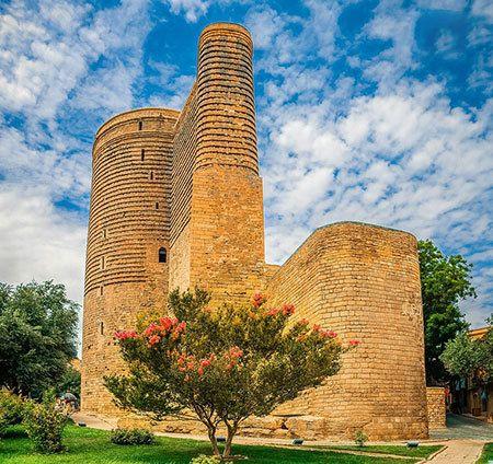 بهترین جاذبه های شهر باکو در آذربایجان | چرا باید به باکو سفر کنیم؟