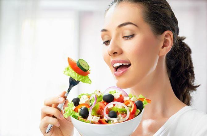 تعبیر خواب غذا خوردن | دیدن غذا خوردن در خواب چه معنایی دارد؟