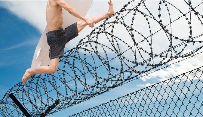 تعبیر خواب زندانی شدن | زندانی یا حبس شدن در خواب چه معنایی دارد؟