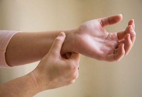 درمان ماشین گرفتگی | علت و راه درمان حالت تهوع در ماشین چیست؟