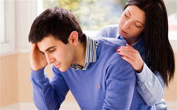 چگونه به همسر عزادار دلداری دهیم؟ | روش های تسکین دادن به همسر داغدار
