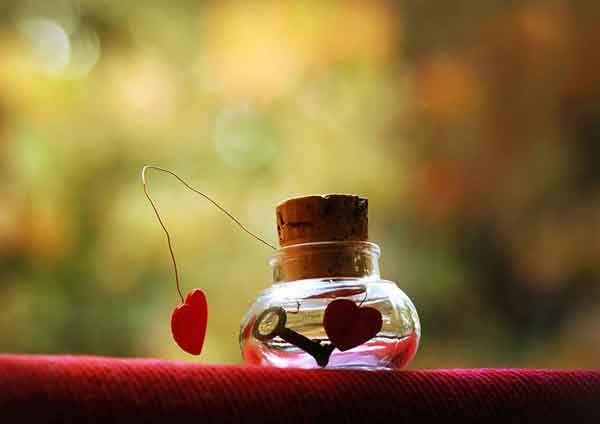قانون جذب عشق (چگونه با فرد مورد علاقه ارتباط برقرار کنیم؟)