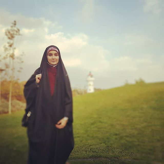 بیوگرافی مژده خنجری و همسرش + مصاحبه داغ و عکس های مژده خنجری