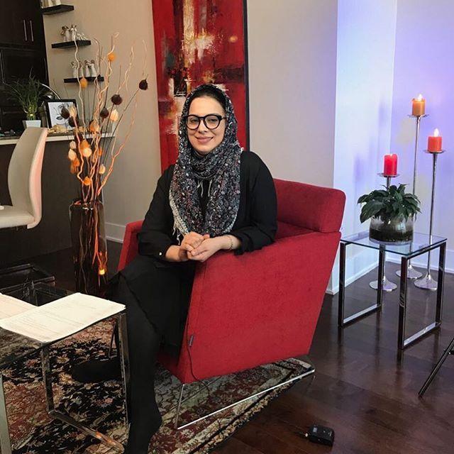 بیوگرافی روشنک عجمیان و همسرش + عکس های روشنک عجمیان + مصاحبه