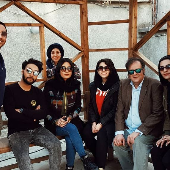 بیوگرافی مونا اسکندری و همسرش + عکس های مونا اسکندری و اینستاگرام