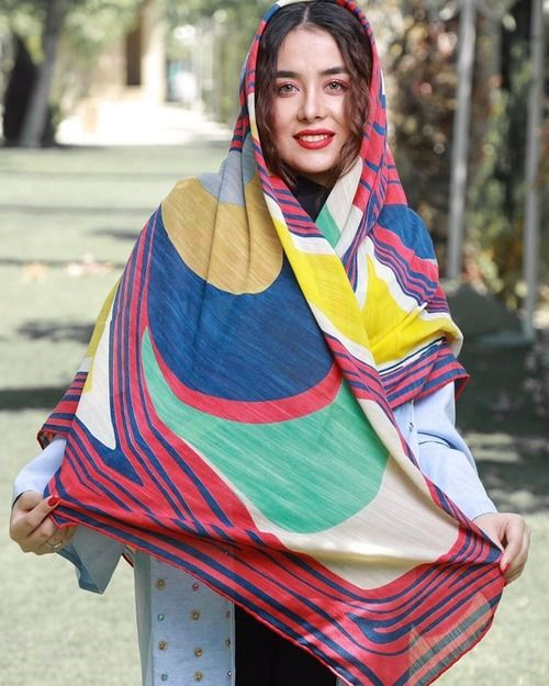 30 مدل شال و روسری مجلسی + راهنمای خرید و ست کردن با مانتو