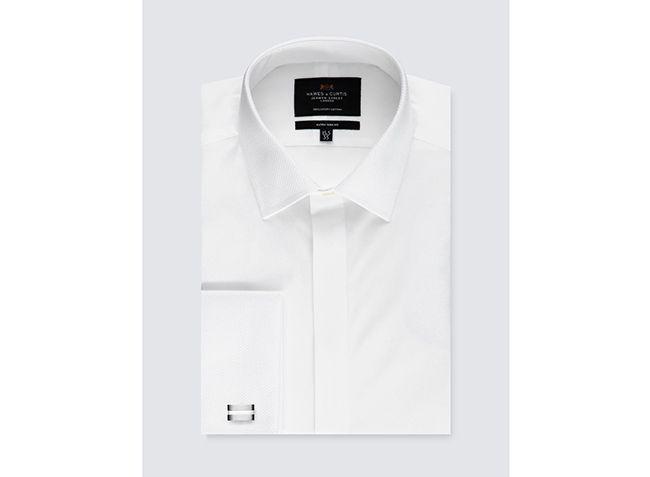 تعبیر خواب لباس سفید | دیدن لباس سفید در خواب چه معنایی دارد؟