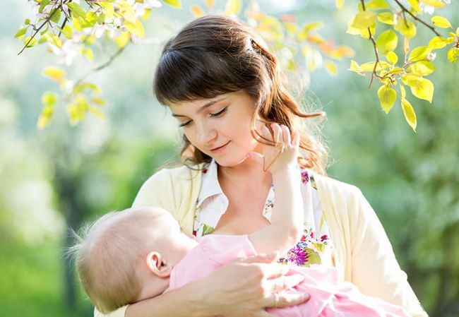10 علت درد سینه زنان + 5 روش درمانی موثر و مفید