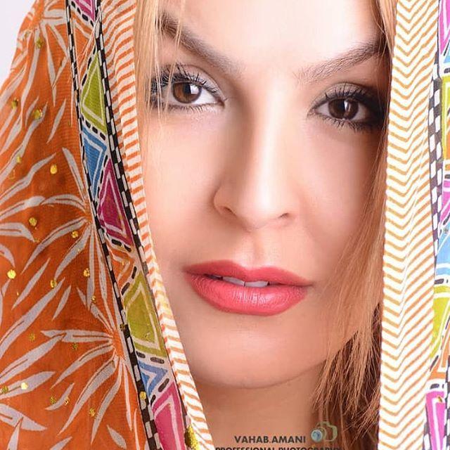 بیوگرافی آزیتا ترکاشوند و همسرش + مصاحبه و عکس های آزیتا ترکاشوند