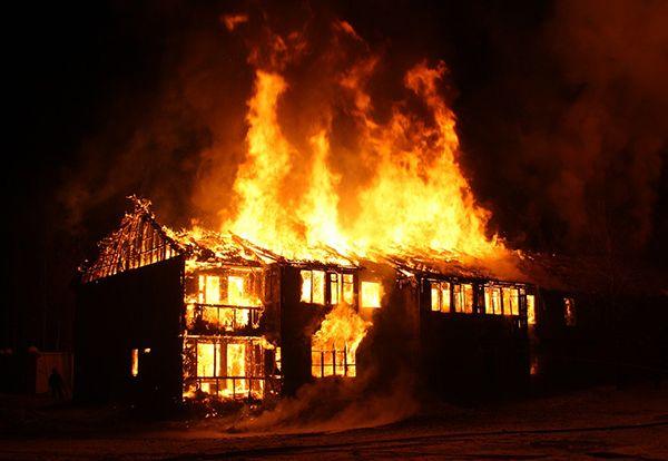 تعبیر خواب آتش   دیدن آتش و آتش سوزی در خواب چه معنایی دارد؟