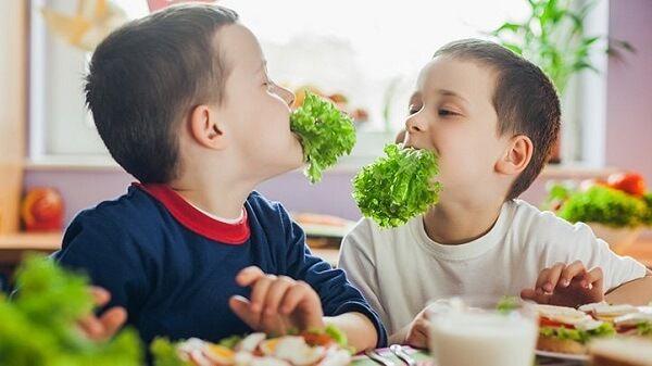 چگونه پدر خوبی باشیم؟ (10 نکته برای اینکه بدانید: پدر نمونه ای هستید!)