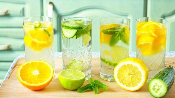 10 بهترین غذاها و نوشیدنی های تابستانی