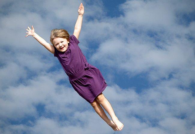تعبیر خواب پرواز کردن | حس پرواز در خواب چه معنایی دارد؟