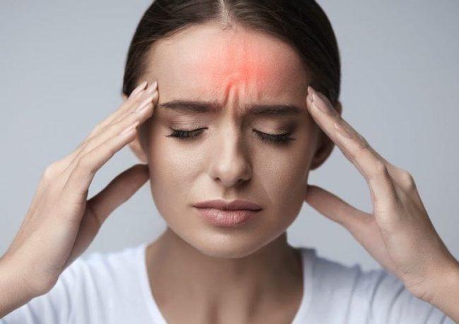 علائم و نشانه های میگرن + راه های مهم درمان میگرن