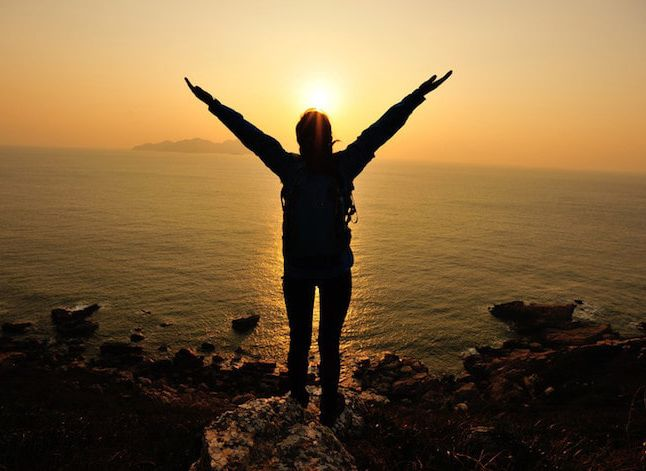 چگونه از زندگی لذت ببریم و شخص محبوبی باشیم؟