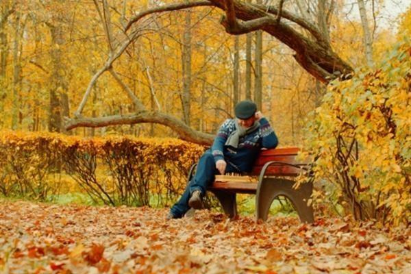 افسردگی پاییزی چیست و برای مقابله با آن چه کارهایی انجام دهیم؟