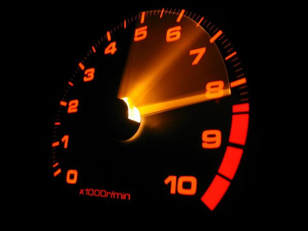 10 ترفند رانندگی برای حرفه ای شدن در شرایط بحرانی
