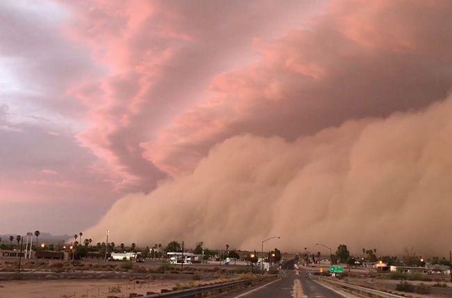 تعبیر خواب طوفان   دیدن طوفان در خواب چه تعابیری دارد؟