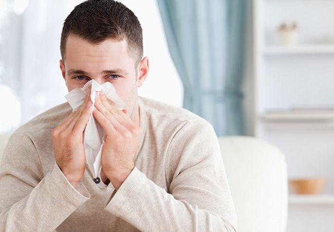 17 بهترین راه های درمان آبریزش بینی و سرفه | روش های خانگی و کاربردی