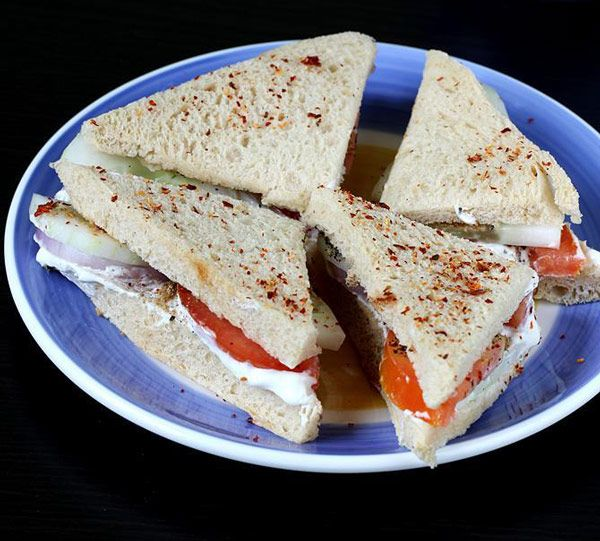 طرز تهیه 14 ساندویچ خوشمزه و پرطرفدار | انواع ساندویچ گرم و سرد