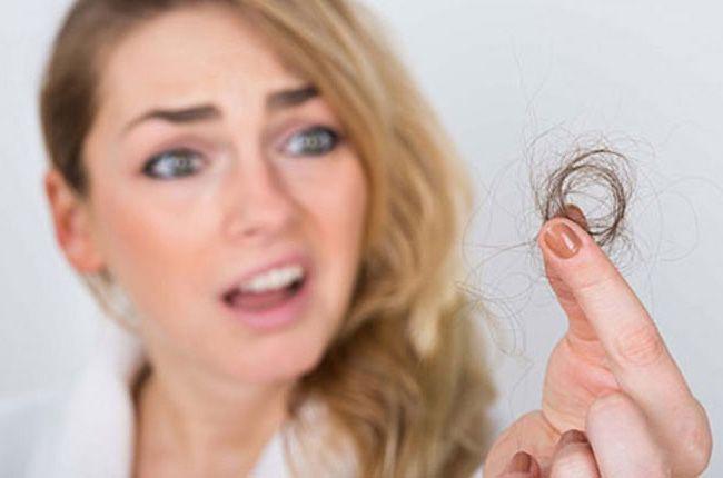 تعبیر خواب ریزش مو | کچل شدن در خواب چه تعابیری دارد؟
