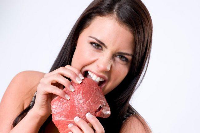 10 بهترین خواص و مضرات مصرف گوشت قرمز