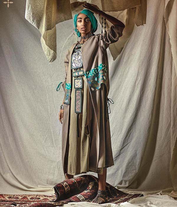 25 مدل مانتو سنتی ایرانی | جدیدترین مدل های مانتو + راهنمای ست کردن