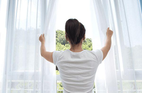 بهترین راه های تصفیه هوای خانه در زمان آلودگی هوا