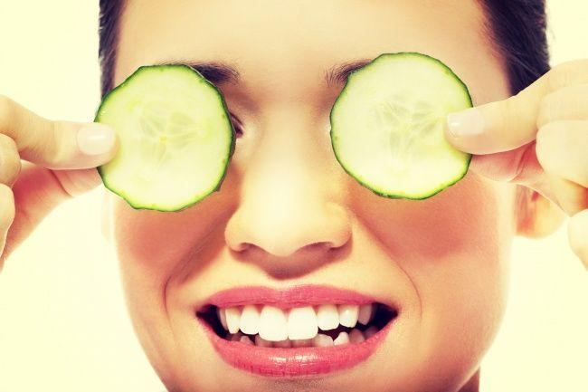 معرفی 12 بهترین ماده طبیعی برای جوانسازی پوست