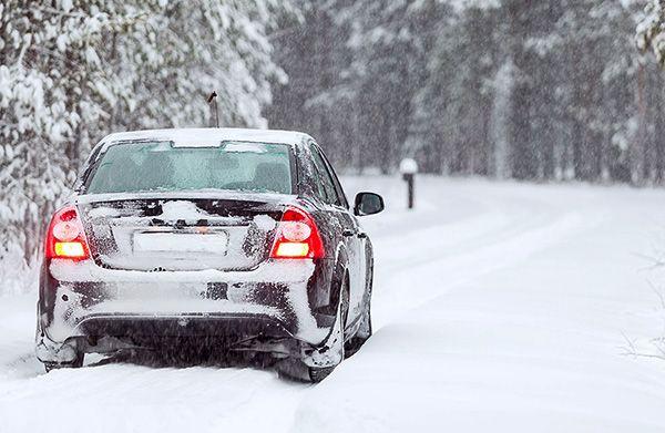 نحوه گرم کردن خودرو در زمستان | بهترین روش کدام است؟