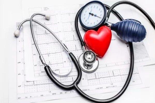 بهترین خواص مارچوبه برای سلامتی + نحوه مصرف و عوارض جانبی