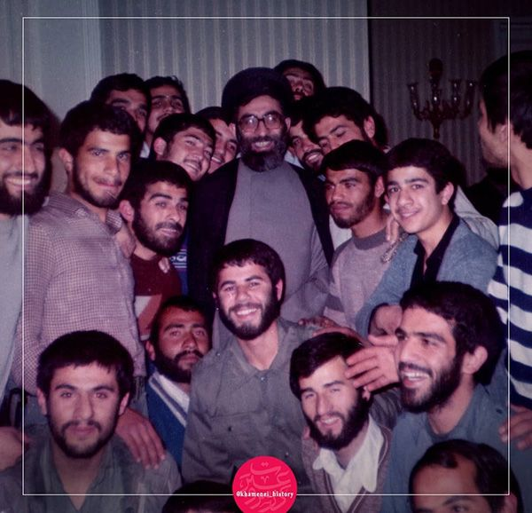 بیوگرافی سید علی خامنه ای رهبر معظم انقلاب اسلامی و همسرشان + اینستاگرام