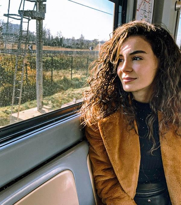 بیوگرافی ابرو شاهین و همسرش + اینستاگرام و عکس های جدید ابرو شاهین