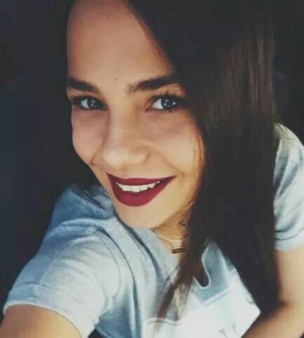 بیوگرافی و عکس های بهار شاهین baharsahiin@ بازیگر و مدل ترکیه